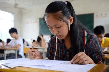 今年惠州中考时间调整,上午提前半小时开考