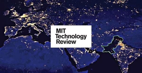 麻省理工学院技术评论:人类现阶段强于星际争霸AI