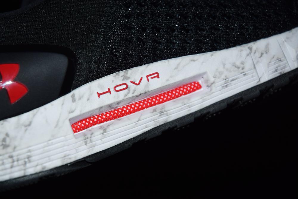 评测室:结构大不同 UA HOVR缓震科技