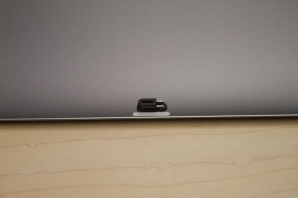 无Touch Bar版全新MacBook Pro拆解:SSD可更换的照片 - 5
