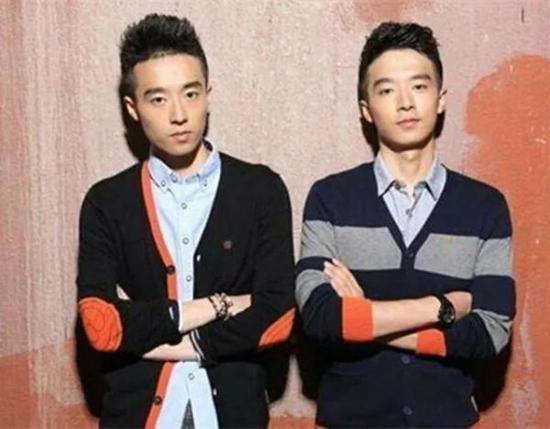 作为北大学生 我们为什么抗拒最帅双胞胎