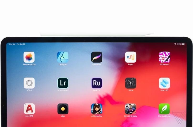 外媒上手 iPad.  Pro:取消 home键让更窄更漂亮