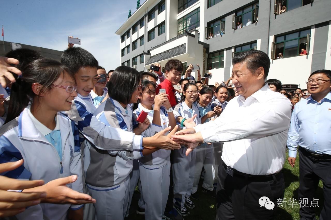 图片故事丨习总书记说:这里没有首长 都是学生