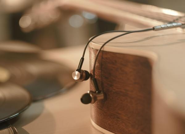 小米圈铁耳机Pro发布:双动圈+动铁,还原好声音的照片 - 3