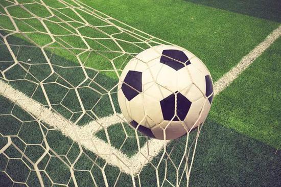 克罗地亚大使:为什么我们人口这么少 足球这么强?
