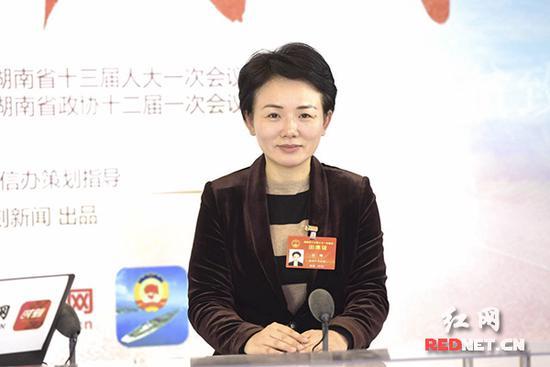 """【高朋访谈】李晖:瑰丽村子建树让""""农区变景区""""""""产物变商品"""""""