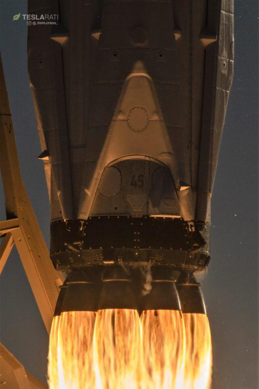 SpaceX:终极版猎鹰9号火箭拟于10月初第二次发射
