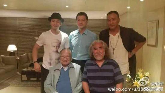 金庸辞世 昨晚整个华语世界都在追忆和纪念