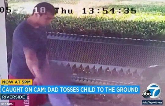 男子和女友吵架抓起儿子当武器 小孩身体被割伤