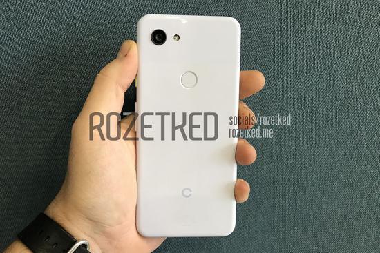 谷歌Pixel3系列新机曝光:去掉了刘海和保留了耳机口