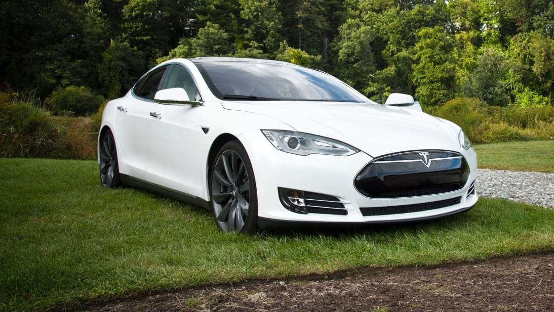 监管机构:特斯拉自动驾驶技术系统缺少保护措施