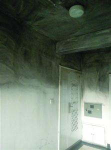 自媒体人称天能电瓶充电时爆炸起火毁了整个家