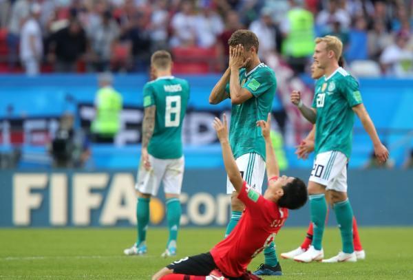 韩国这次为亚洲长脸52年来亚洲球队首胜卫冕冠军诺伊尔:可悲