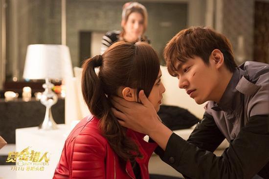 月22日17时40分讯由韩国导演申太罗执导,李敏镐、钟汉良、唐嫣领