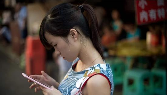 中国人爱盗版成历史?5款中国app入围iOS最赚钱榜单
