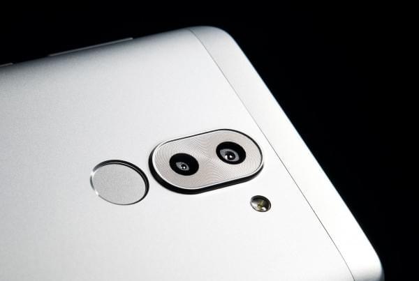搭载麒麟655 华为美国发布双摄新机荣耀6X的照片 - 9