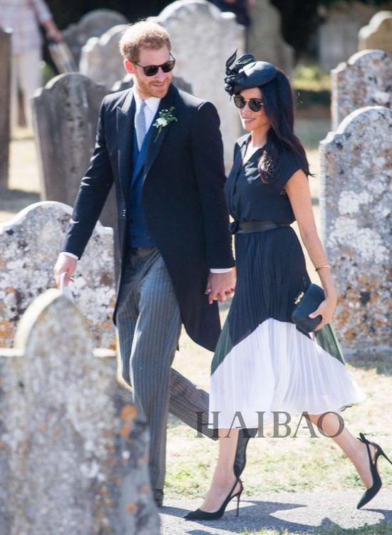 2018年08月04日梅格汉·马克尔 (Meghan Markle) 同哈里王子 (Prince Harry) 萨里参加婚礼
