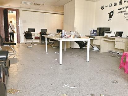 但是,武汉少数不法贷款公司依然将黑手伸向在校大学生.图片