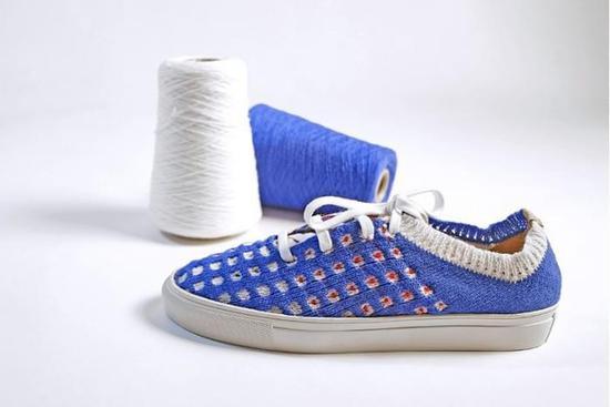 人人都能做设计 智能针织机让用户设计自己的衣服