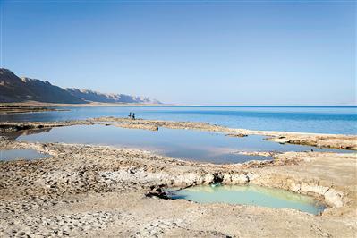 死海水位年均下降约1.2米水面缩减或2050年干涸