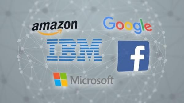 """AI界历史性时刻:美国五大科技巨头联合成立""""AI伙伴关系""""组织的照片 - 1"""