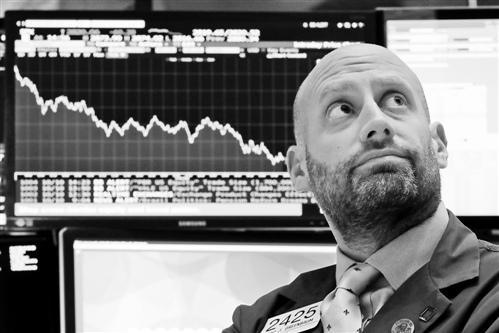 股市波动刺激黑池交易成交飙升 华尔街投行布局AI交易技术