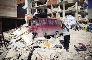 两伊边境地震致伊朗至少445人死亡(图)