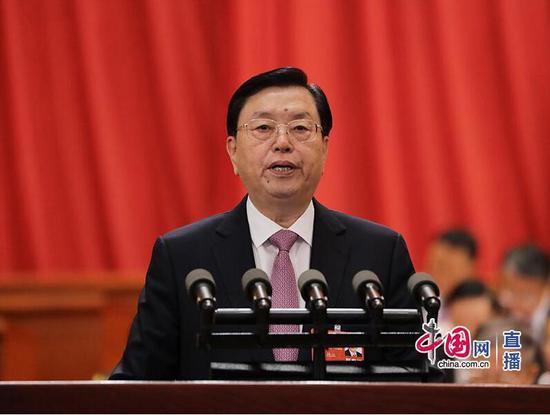 张德江:今年将研究制定房地产税法