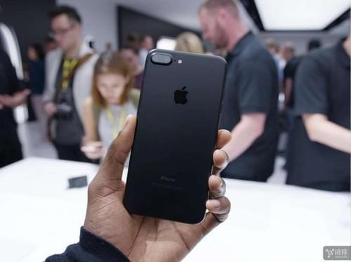 苹果iPhone摄像头对大多数人来说够好了吗?