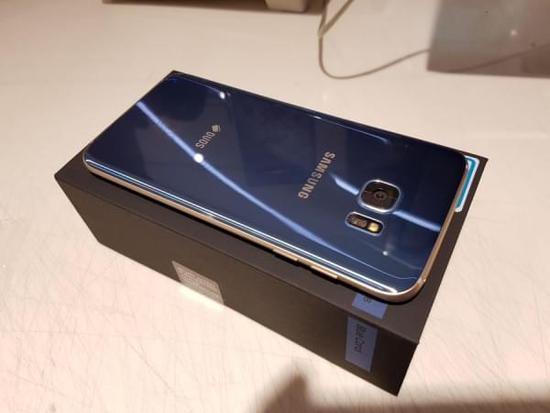 [图]珊瑚蓝版Galaxy S7 edge开箱