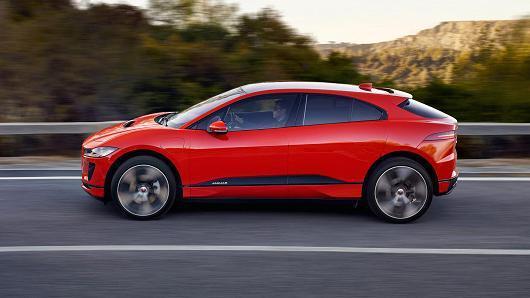 捷豹推出首款全电动汽车 挑战特斯拉Model X