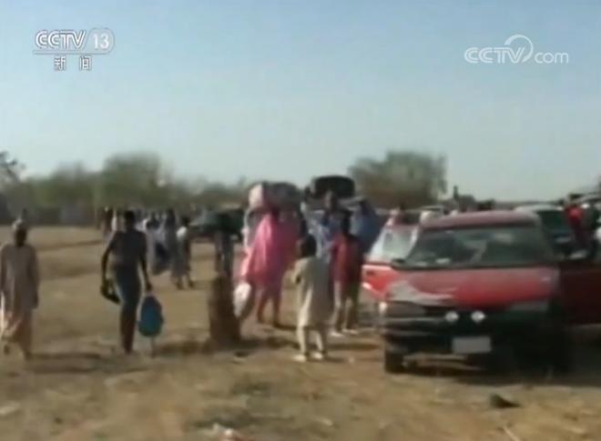 尼日利亚一女子学院遭袭 90多人一度失踪