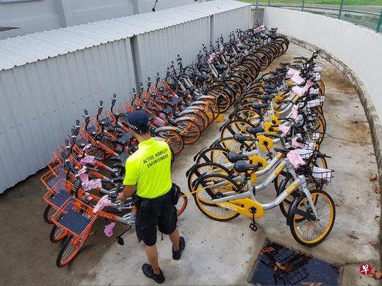 摩拜单车因随处停放问题遭新加坡政府扣押