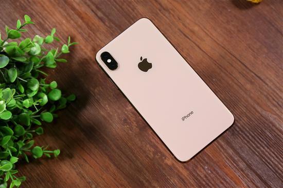 苹果iPhone XS和XS Max太贵没人买?其实你们都错了!