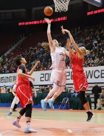 上海女篮球迷美文赏析:温柔战将 斯图尔特 不简单