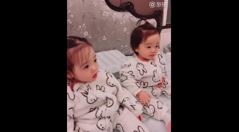 杨威的双胞胎女儿
