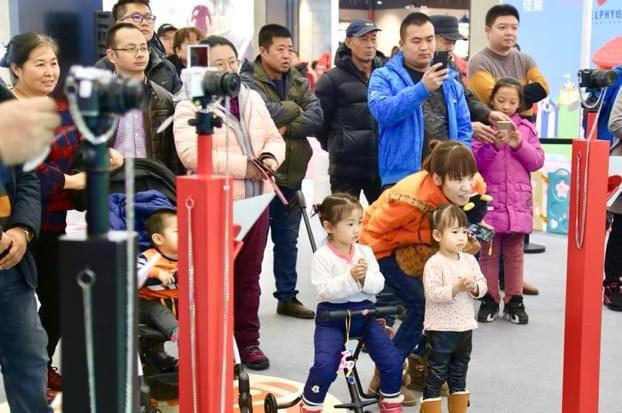 2017佳能EOS M+炫飞照片打印机大型体验会首站登陆哈尔滨