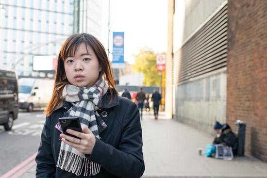 『摄影师』Ritzo ten Cate:抓拍人们从虚拟世界回归现实的时刻