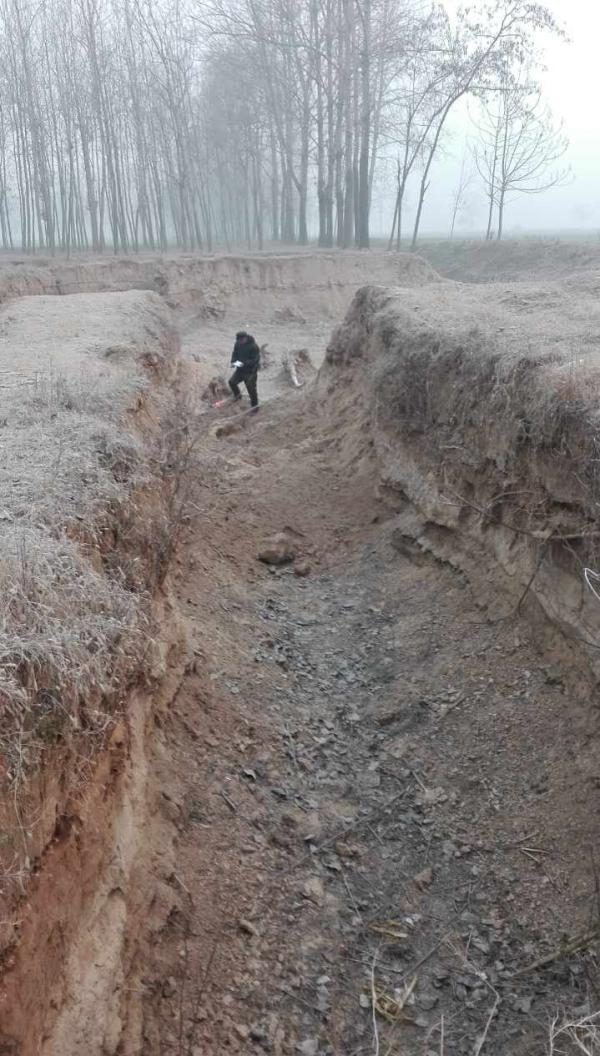 河南宁陵土坑塌方3女童身亡最小才3岁半