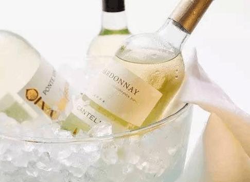 浪漫夏日 怎么能不会挑选白葡萄酒?