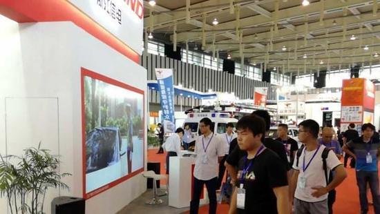 光峰拼接墙亮相南京CTSE2017道路交通展