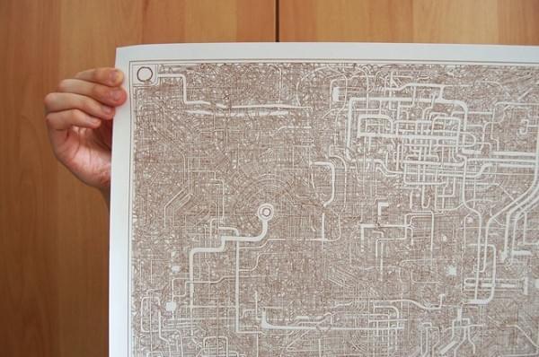 日本惊现超复杂迷宫图:竟然有近一米长的照片 - 1
