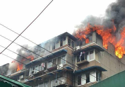 除湿机线路问题引发火灾(图片来自百度)