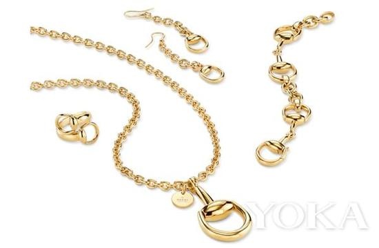 Gucci珠宝以马衔扣为灵感。