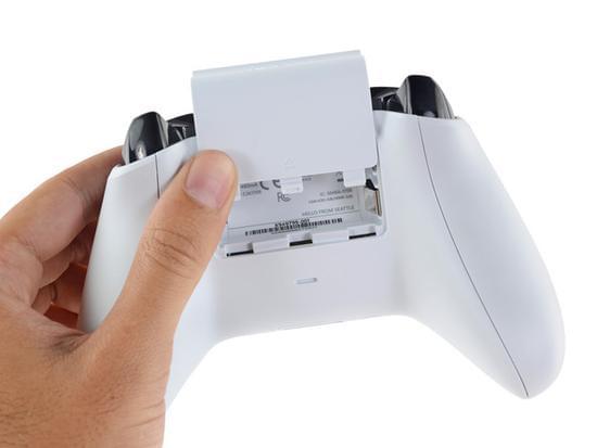 Xbox One S拆解:易于维修的照片 - 39