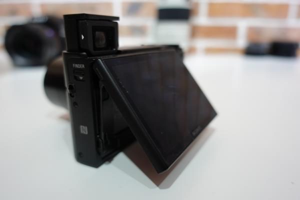 索尼黑卡/微单全亮相:有点小贵但黑科技满满的照片 - 7