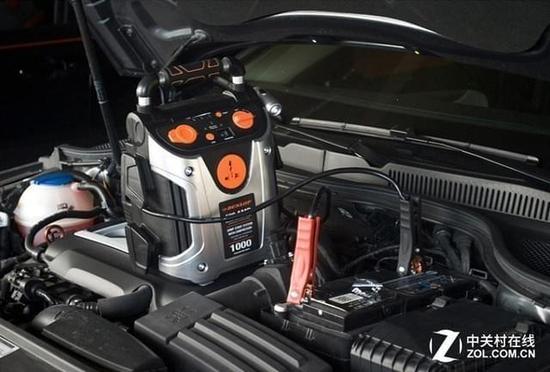 在供电方面,rp82461应急电源提供12v点烟器电源,5v usb电源和220v电源
