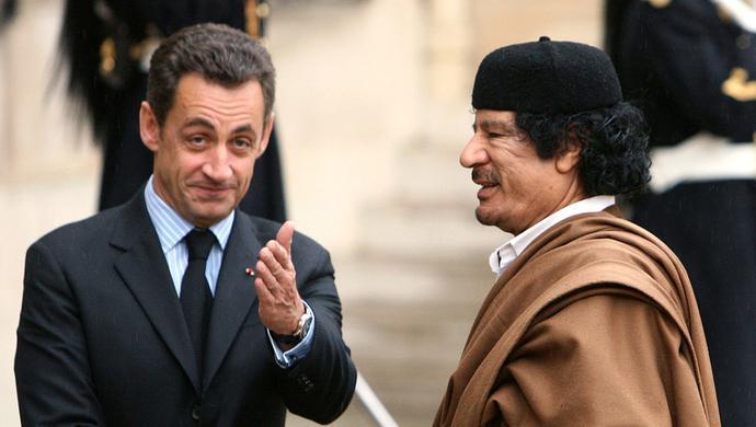 那些年,萨科齐和卡扎菲的恩恩怨怨