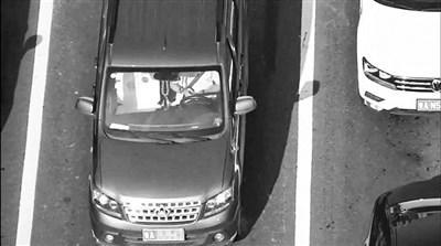 济南启用无人机抓拍开车玩手机:仅半小时就抓5起