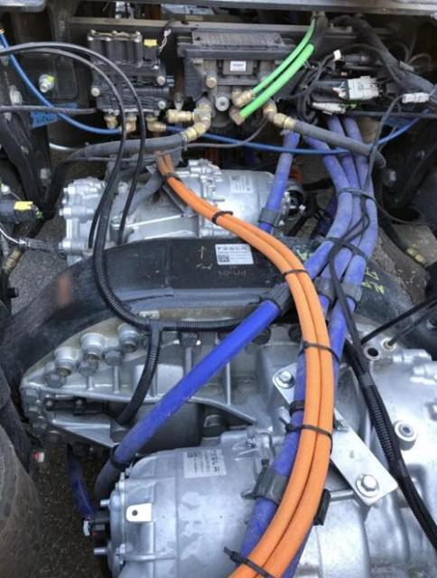 特斯拉Semi电动卡车高清内部结构照片首曝光